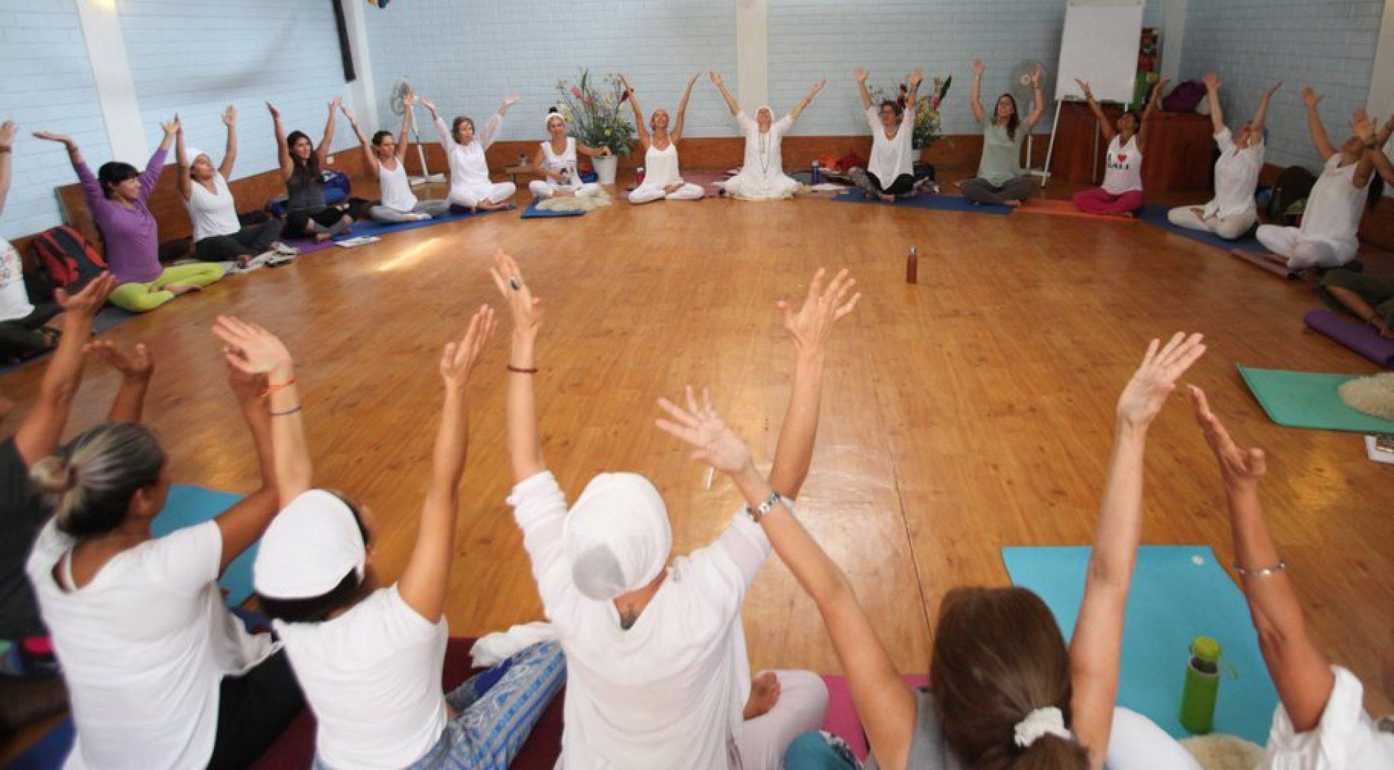 Yoga&Bhajan y VHEYOGA